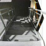 Klinker_paa_trappen
